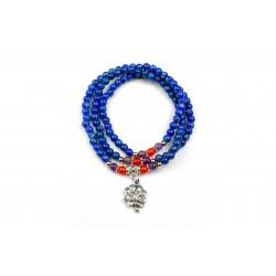 Bracelet Lapis Lazuli 3 tours avec médaillon en forme de trèfle.